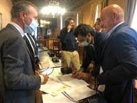 il dirigente Ranieri e il consigliere provinciale Di Lorenzo, un momento della riunione
