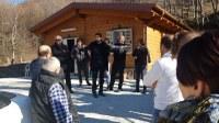 Valle Castellana. Il Presidente in visita al comune dove si vota per decidere se rimanere in Abruzzo o andare con le Marche